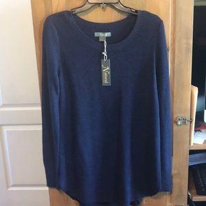 Women's long sleeve sweater size medium